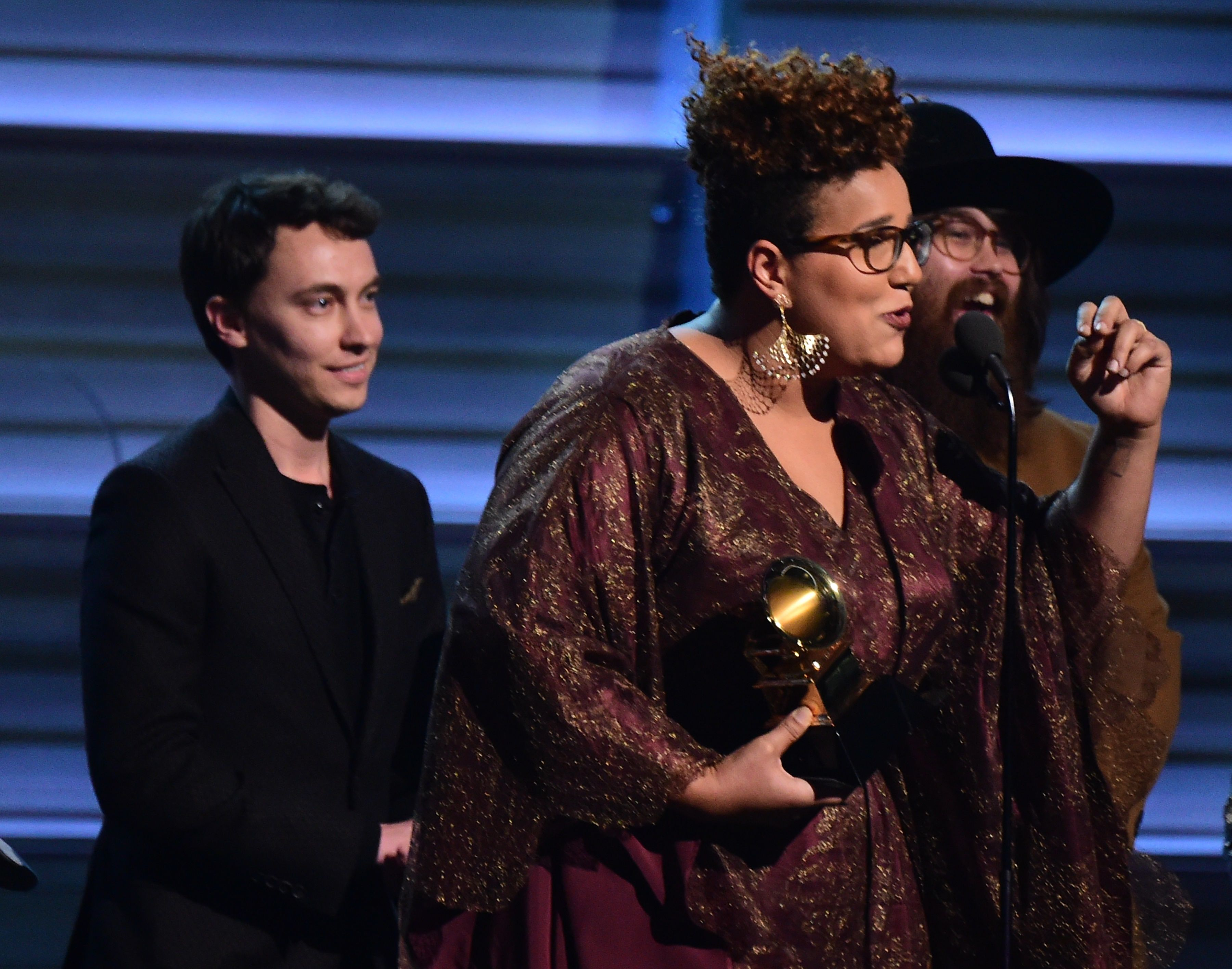 The band Alamaba Shakes recieves the award for the Best Rock Performance, Don't Wanna Fight onstage during the 58th Annual Grammy music Awards in Los Angeles February 15, 2016. AFP PHOTO/ ROBYN BECK / AFP / ROBYN BECK