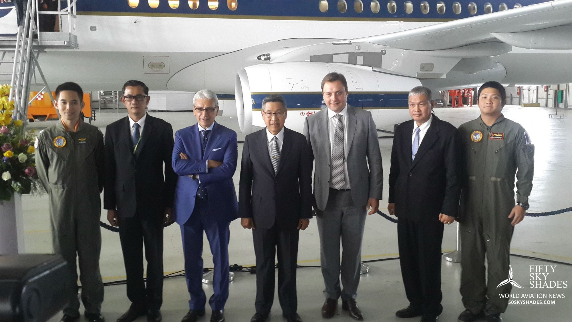 royal-thai-air-force-takes-delivery-of-sukhoi-business-jet-9045-RhG5GCi01t4bWj4xFaJtQVJj6.jpg